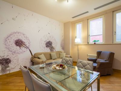 Photo for Municipio apartment in San Ferdindando with WiFi & air conditioning.