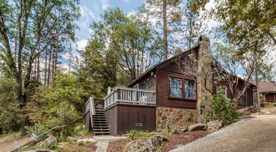 Photo for Comfy Cabin with Lake View near Yosemite!