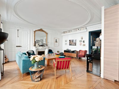 Photo for Incredible apartment for 6 persons - Parc Monceau