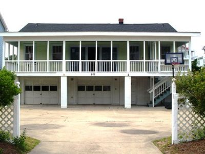 A traditional beach house located near historic downtown Charleston