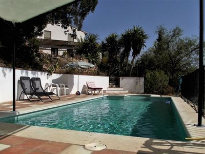 Photo for Villa with pool on a hill with fantastic distant views