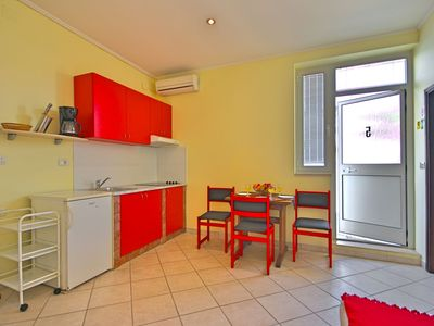 Photo for Apartamento Nika5 in Umag, swimming pool, jacuzzi, WiFi, air-conditioned, close to the sea