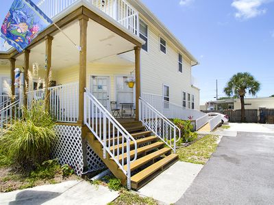 Photo for Cute & Quiet Beach Apartment, walking distance to the beach! Beach chairs avail!