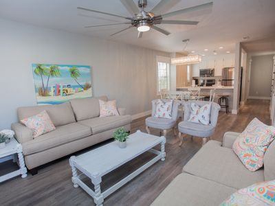 Sleeps 9 remodel special 2 mi west of pier pk
