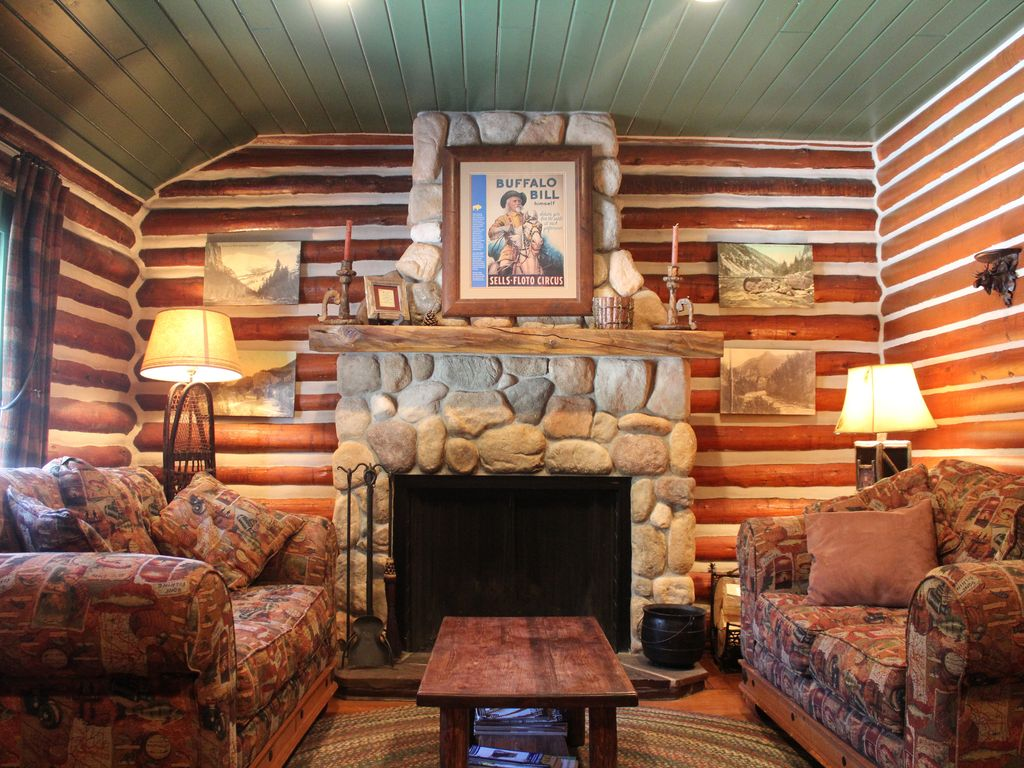 cozy log cabin in beautiful cottonwood cany vrbo