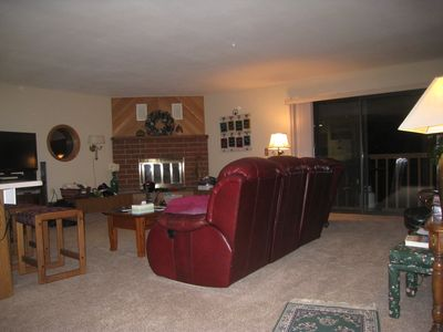 Photo for Centrally Located, only 2 Blocks To Summit Blvd. - Sleeps 7-8, Clubhouse Access