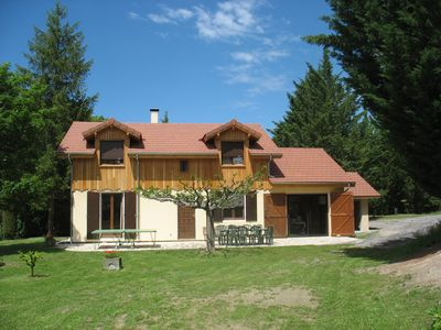 Photo for Very nice chalet at the edge of the lake of Serre Ponçon 6 people