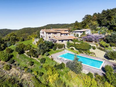 Photo for Large country house apartment in a panoramic position + pool