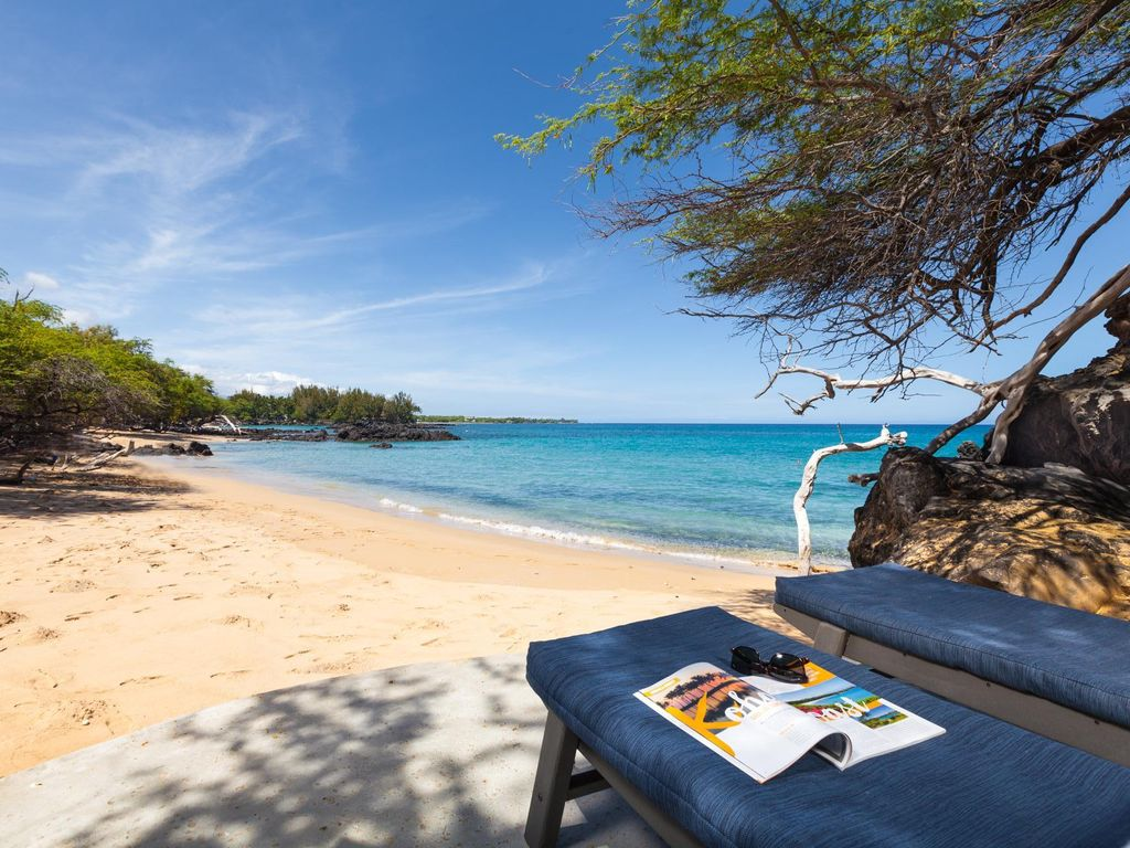Waialea Bay White Sand Beach Authentic Hawaii
