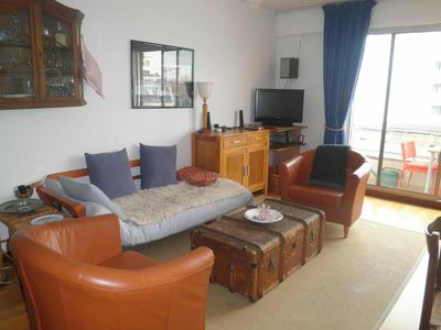 French-German lady rents 2 bright, calm, well equipped rooms, 46 m2