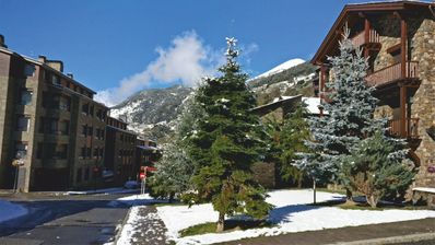 Photo for Apartment - 800 m from the slopes