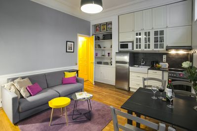 Living room, kitchenette and Dining area