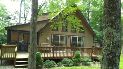 Photo for BOOK NOW !!! Lovely 3 Bedroom Chalet in Arrowhead Lake - Free Wi-Fi