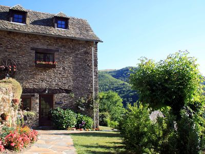 Photo for Charming French country cottage in the southern Auvergne, 2 bedrooms (sleeps 3)