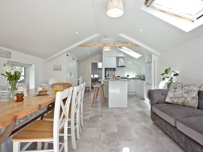 The Mews -  a house that sleeps 6 guests  in 2 bedrooms