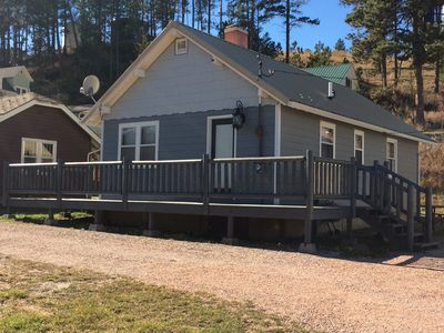 Photo for Stay in Hill City!!  Near Mt Rushmore, Crazy Horse, 1880 Train.  Sleeps 5.