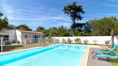 Photo for Beautiful friendly and comfortable home in the Portes, 4 bedrooms and heated pool