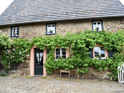 """Photo for Holiday house """"Altes Steinhaus"""" (max 9 persons) - Landhaus am Aremberg"""