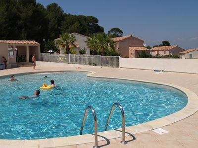 Photo for 3 bed holiday home, pool, 10 min walk town, Pezenas, beach 25 mins