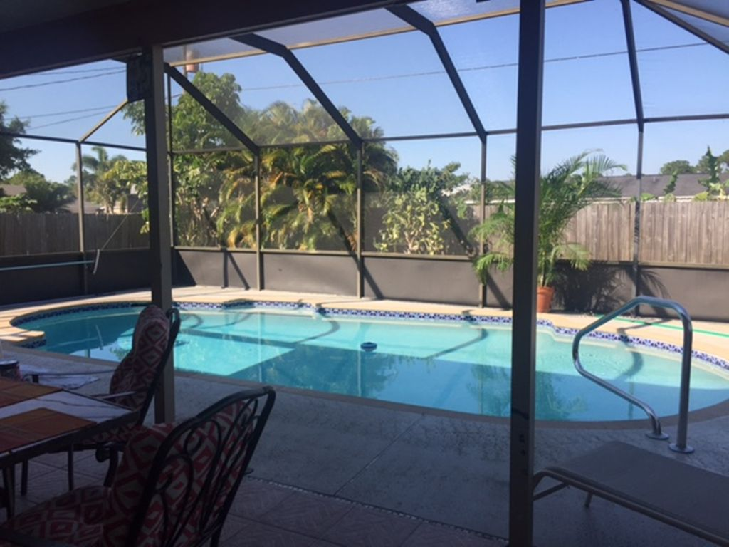 Beautiful private screened pool patio home newly - Florida condo swimming pool rules ...