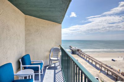 Sunglow Resort south end, 8th floor unit with a birds eye view over the Infamous Sunglow Pier!