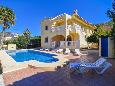 Photo for Calpe: Great villa. Very quiet area near the coast. Ceiling fans, air conditioning, private pool and barbecue.
