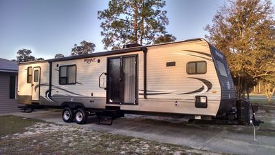 Photo for 2016 Luxury RV keystone hideout