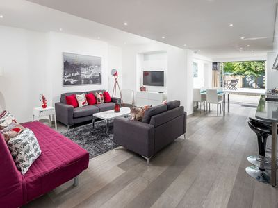 Photo for 2 Bed 2 Bath Garden Apartment Near Paddington