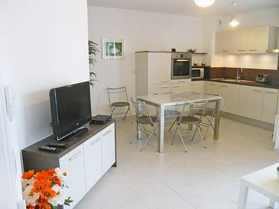 Photo for Apartment in the center of Cavalaire-sur-Mer with Internet, Air conditioning, Lift, Parking (103661)