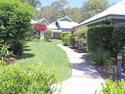 Photo for 3BR Villa Vacation Rental in Cams Wharf, NSW