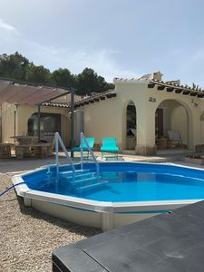 Photo for Detached villa with pool, 10km from Benidorm and 5km from the seaside in Altea