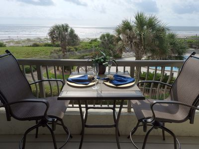 BEAUTIFUL DECOR AND AMAZING VIEWS FROM YOUR BALCONY
