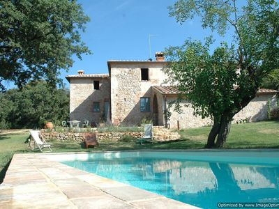 Photo for Villa in the heart of Tuscany