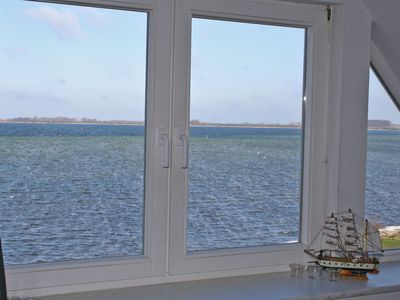 Photo for Apartment with stunning panoramic water views