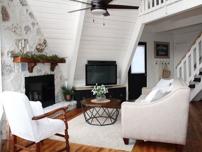 Photo for Modern, Family Friendly Chalet convenient to downtown Gatlinburg & National Park