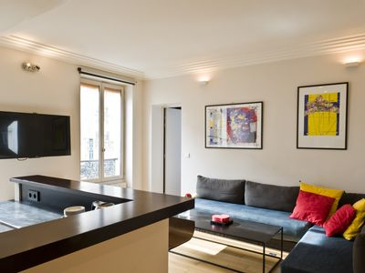 Photo for 2BR Apartment Vacation Rental in Paris, Île-de-France