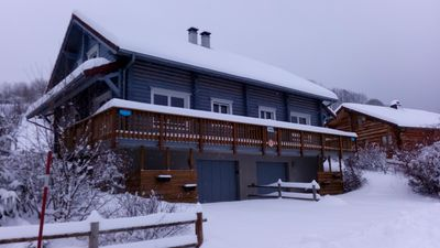 Photo for Beautiful traditional chalet log in Foncine le Bas (6/8 pers.)