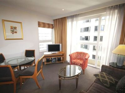 Photo for One bedroom apartment with study in the heart of the City Centre - Bond Street