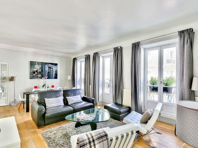 Photo for Quartier Latin - Romantic luxury & family apart