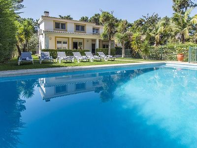 Photo for Villa Santo Isa - Spacious 5 Bedroom Villa - Private Pool - Close to Lisbon - Perfect for Families