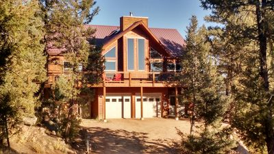 Photo for Amazing Pikes Peak View! 6 Acres! Hot Tub! Ping Pong Table! WiFi