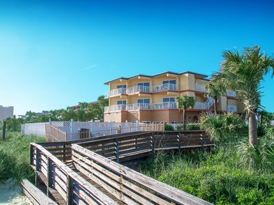 Photo for Oceanfront! 2 Br!  Pool!  Hot Tub! Amazing View 2B
