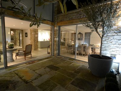 Photo for The Brewery Burford - Five Bedroom House, Sleeps 10