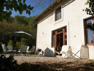 Photo for Sonnac: Secluded country cottage on large domaine