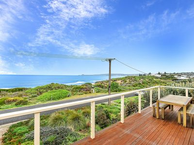 Photo for Absolute Seafront with Gorgeous Ocean Views