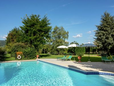 Photo for Modern Holiday Home in Cortona with Swimming Pool
