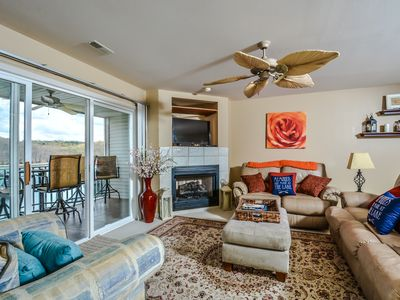 Photo for Fabulous 2BR Parkview Bay Walk-In Level by the Pool, W-Fi, Boat Docks Available