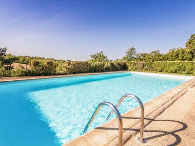 Photo for Modern Holiday Home in Salignac-Eyvigues with Swimming Pool