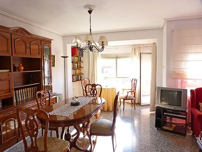 Photo for 3 bedroom Apartment, sleeps 5 in Valencia with Air Con and WiFi