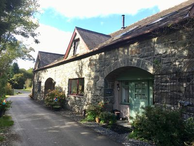 Photo for Get cosy in amazing Snowdonia National Park location!